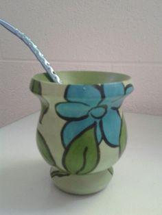 Mates pintados Paper Mache Bowls, Decoupage, Color, Home Decor, Tela, Painted Trays, Cup Decorating, Sugar Bowls, Painted Porcelain