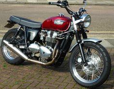 Triumph Bonneville Norman Hyde Special, 902cc Bob Farnham tuned.