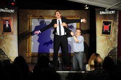Echolotortung, Gedankenlesen, Geldscheine, die verschwinden und wieder auftauchen. Eine zauberhafte Mischung hat Comedy-Magier Martin Sierp am Freitag im Göt...