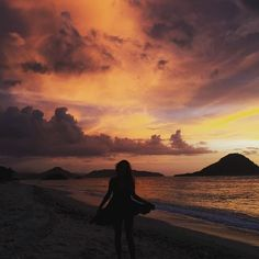 Nature masterpiece #love #life #indonesia #sumbawa #pregnancy #sunset #beauty #earth #ocean