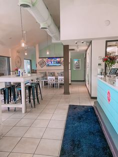 the best places for dinner, pastries, coffee, etc in Hilton Head Island - carolina coffee and crumbs