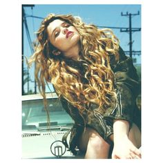 Curly/Wavy Blonde Hair ❤ liked on Polyvore featuring hair, hairstyles, hair styles and people