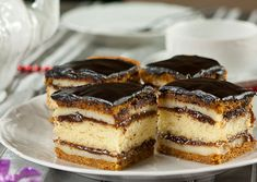 Beautiful and very tasty cake. What Is Baking, Royal Cakes, Seed Cake, Homemade Pastries, Sponge Cake Recipes, Honey Cake, Lava Cakes, Mousse Cake, Something Sweet