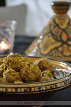 """Two blondes in the kitchen: """"Tajine di kefta"""" Moroccan meatballs with herbs Lebanese Recipes, Italian Recipes, Moroccan Meatballs, Moroccan Dishes, International Recipes, Fritters, Finger Foods, Food Porn, Good Food"""