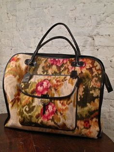 60s Koret Carpet Bag  Carry On Luggage  HUGE di ChelseaGirlNYC, $295.00