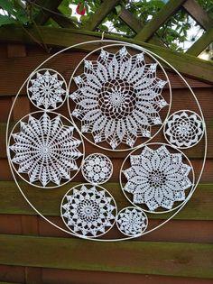 Crochet Wall Art, Crochet Wall Hangings, Crochet Tablecloth, Crochet Doilies, Crochet Mandala Pattern, Crochet Patterns, Crochet Mile A Minute, Dream Catcher Patterns, Doily Art