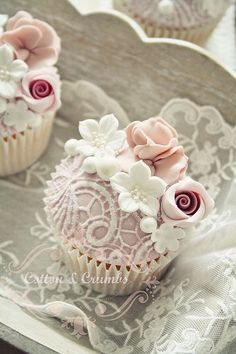 Lace cupcakes. Very pretty for a vintage or shabby chic tea party.