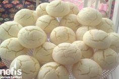 Nişastalı Çatlak Kurabiye Armenian Recipes, Turkish Recipes, Cookie Desserts, Cookie Recipes, Cracked Cookies, Salty Foods, Cracker, Kitchen Humor, Mini Cheesecakes