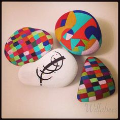 Hand Painted rocks ©Willabees