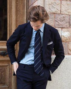 @sebastian_e_m in our Parma suit in navy flannel. #roseandborn (på/i Rose & Born)
