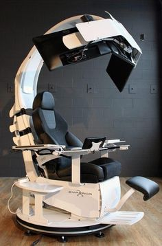 TECH GATE: MAN CHAIR!!! Emperor 1510 LX workstation. A $21,500 Chair. Do you want one??