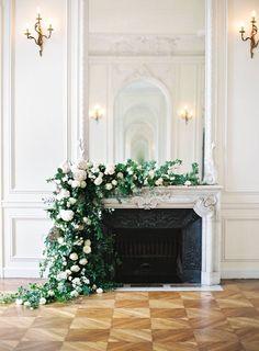 lush ceremony fireplace mantel flowers- designs by hemingway- Parisan wedding - Modern Design Wedding Fireplace Decorations, Wedding Mantle, Floral Wedding, Wedding Bouquets, Parisian Wedding Theme, Wedding Flowers, Decor Photobooth, Fireplace Mantels, Mantles