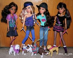 The Liv girls and all their dogs.