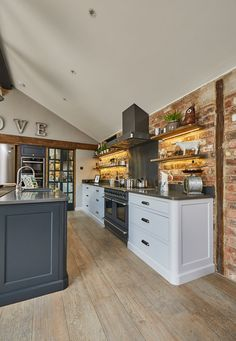 Project 19 – Wighill – The Main Company - country kitchen Kitchen Diner Extension, Open Plan Kitchen Diner, Open Plan Kitchen Living Room, Barn Kitchen, Family Kitchen, Rustic Kitchen, Country Kitchen, New Kitchen, Kitchen Decor