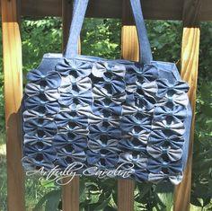 Transform old jeans into this Anthropologie-inspired denim farfalle handbag: Artfully Caroline Monkey Bag, Denim Handbags, Burberry Handbags, Denim Purse, Bow Purse, Bow Bag, Latest Handbags, Denim Crafts, Jean Crafts