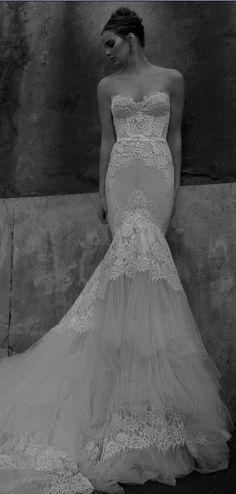 #memobaby Inbal Dror wedding dress at Metal Flaque (Paris): www.metalflaque.fr