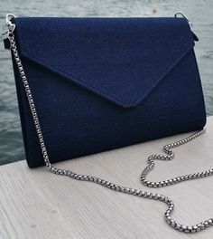 Handtasche/Umhängetasche aus feiner Baumwolle. Indigo, Clutch, Gucci, Shoulder Bag, Wallet, Chain, Fashion, Elegant Woman, Handbags