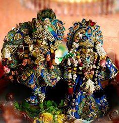♥ Very charming Radha Madan Mohanji Kharghar, India