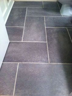 Groutable Vinyl Tile Floor floor patterns Luxury Vinyl Flooring Trends - Evolution of Style Natural Flooring, Slate Flooring, Kitchen Flooring, Flooring Ideas, Diy Flooring, Slate Kitchen, Penny Flooring, Garage Flooring, Modern Flooring