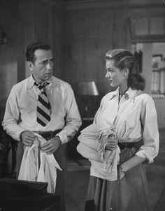 Humphrey Bogart & Lauren Bacall in Key Largo (John Huston, Old Hollywood Movies, Old Hollywood Stars, Classic Hollywood, Hollywood Icons, Hollywood Actresses, Humphrey Bogart, Lauren Bacall, Bogie And Bacall, John Huston