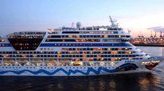 AIDAsol: Auslaufen aus dem Hamburger Hafen