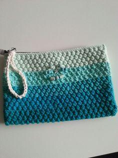 bolso veraniego tipo clutch by Sususi  Hands (siguenos en Facebook)