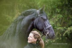 Het friese paard - friesian horse. Friesian stallion captured by Jitzke Grijpstra.com