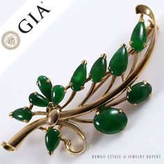 See more #vintage #jewelry #vintagejewelry on our website (link in bio!). #jade GIA CERTIFIED NATURAL GREEN GRADE A JADE JADEITE CABOCHON 14K YELLOW GOLD BROOCH