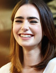Lily collins, awesome teeth :D