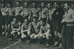1936-3 de mayo- Suiza 0 - España, 2. E pie, de izquierda a derecha: Blasco, Muguerza, Zubieta, Luis Regueiro, Lángara, Roberto, Aedo, Guillermo Izaguirre (portero suplente) y Encinas (seleccionador). Agachados, en el mismo orden: Ventolrá, Gorostiza, Lecue y Zabalo.