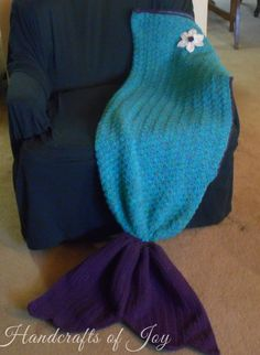 FREE Adult mermaid tail fin pattern by Handcrafts of Joy