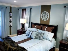 blau und braun im farbschema vom schlafzimmer