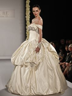 www.fashion2dream.com bridal fashion week, bridal fashions, bridal fashions show new york