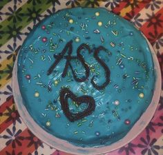Funny Birthday Cakes, Funny Cake, Nostalgic Pictures, Pinterest Cake, Current Mood Meme, Badass Aesthetic, Just Cakes, Pretty Cakes, Homemade Cakes