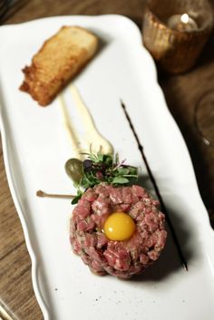 The Tartare Di Manzo at Sant Ambroeus.