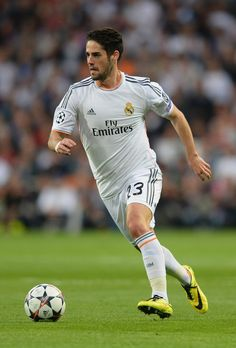 Isco in action during the UEFA Champions League semi-final first leg match between Real Madrid CF and FC Bayern München at Estadio Santiago Bernabéu on April 23, 2014 in Madrid, Spain.