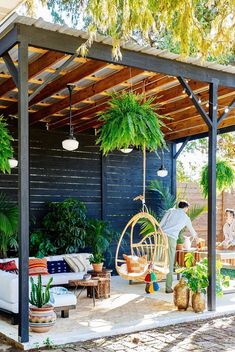Backyard Ideas Discover 25 Ways to Turn Your Deck Into an Outdoor Paradise 10 Best Deck Design Ideas - Beautiful Outdoor Deck Styles to Try Now Backyard Patio Designs, Backyard Pergola, Pergola Designs, Deck Patio, Pergola Kits, Patio Ideas, Cozy Backyard, Gazebo Ideas, Outdoor Pergola