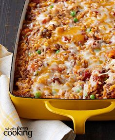 Mexican Beef and Rice Casserole Hamburger Recipes) Mexican Dishes, Mexican Food Recipes, Beef Recipes, Cooking Recipes, What's Cooking, Yummy Recipes, Hamburger Recipes, Mexican Easy, Yummy Food