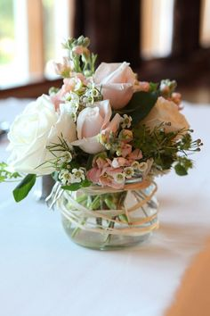 Simple White & pink rose arrangement