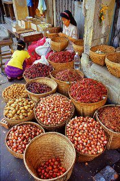 At the market in Yangon, Myanmar (Burma) beautiful baskets display produce. What time of year do you think it might be? Myanmar Travel, Burma Myanmar, Yangon, Laos, Asian Market, Market Baskets, Farmers Market, Southeast Asia, Street Food