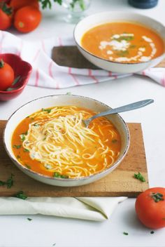 The best tomato soup! You're going to love this classic Polish recipe for Fresh Tomato Soup With Pasta! Made with ripe, fresh tomatoes, and served with egg noodles - this aromatic tomato soup is silky, light, and truly comforting. #soup #polishtomatosoup #polishfood #souprecipes #polishcuisine