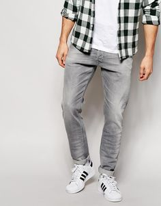 Skinny jeans by Diesel Firm-stretch denim Light grey wash Regular-rise Button fly Leg opening: Tapered leg Slim fit - cut closely to the body Machine wash Cotton, Elastane Our model wears a cm regular and is tall Blue Jeans Outfit Men, Grey Jeans Men, Blue Jean Outfits, Grey Fashion, Mens Fashion, Fashion Styles, Jeans Diesel, Jeans Skinny, Men's Jeans