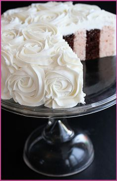 Love!!!...I am using this for my wedding time capsules wedding cake for my Mia Maids!