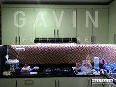 Gavin furniture menggunakan bahan multiplek sebagai bahan dasar pembuat kitchen set Kitchen Set Minimalis Murah Dengan HPL Milik Pak Bambang Di Cipinang Jakarta Timur Kitchen set minimalis seperti …