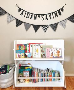@babyletto on Instagram: 🙌 all the books!📚 • #babyletto Tally storage & bookcase • 📷: designed by mama @nihaonewyork ❣️