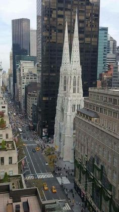 Fifth Ave. and St. Patrick's Cathedral
