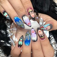 60 Awesome Natural Almond Nails Designs To Inspire You Disney Halloween Nails, Disney Christmas Nails, Holloween Nails, Disney Acrylic Nails, Simple Acrylic Nails, Disney Nails, Almond Nails Designs, Nail Designs, Natural Almond Nails