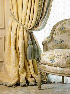 William R. Eubanks » Interior Design and Antiques » Exquisite Spaces