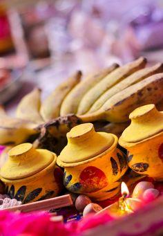 Ingredients of a Hindu marriage Bengali Wedding, Bengali Bride, Indian Wedding Photography Poses, Creative Wedding Photography, Wedding Tips, Wedding Bride, Marriage Album, Bengali Culture, Hindu Rituals