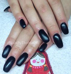Black matte gel nails